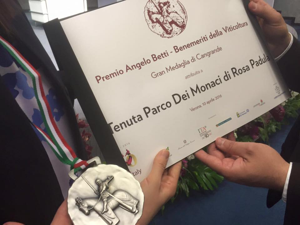 rosa padula vinitaly 2016 luca braia tenuta parco dei monaci produzione vino matera basilicata 3