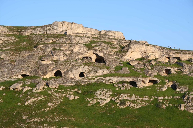 gravina-canyon-2-tenuta-parco-dei-monaci-azienda-agricola-vitivinicola-produzione-vino-primitivo-doc-monacello-rosapersempre-spaccasassi-matera-basilicata